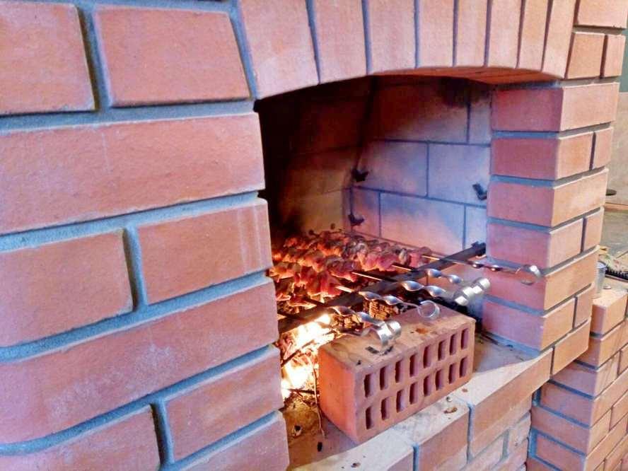 Портфолио - кирпичный мангал и плита под казан