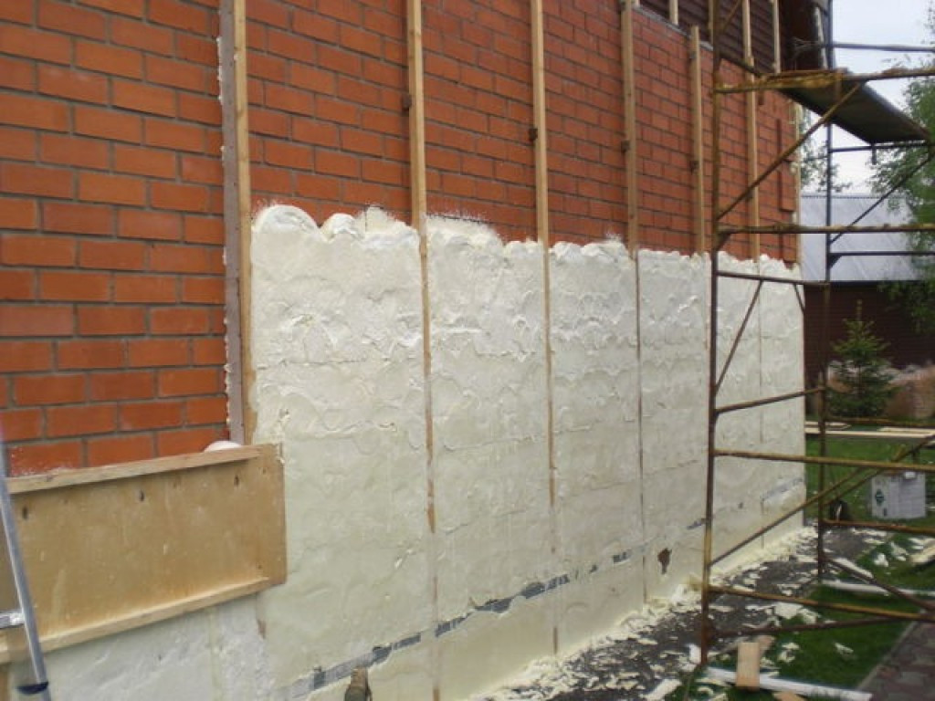 утепление стен широкий ассортимент Роша́ль